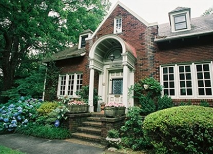 Inman Park Bed & Breakfast- The Woodruff House, front view