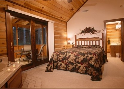 Cabins & Candlelight, LLC, bedroom
