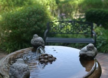 Kaleidoscope Inn and Gardens-Fountain