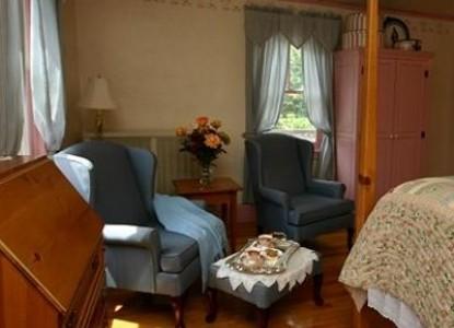 Blue Harbor House, balmy blue room