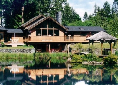 A North Olympic Peninsula Retreat for the Nature Lover as well as the Romantic!