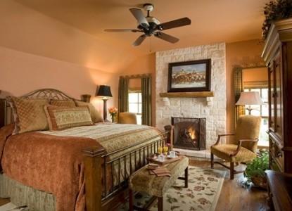 Inn on Lake Granbury texas star room