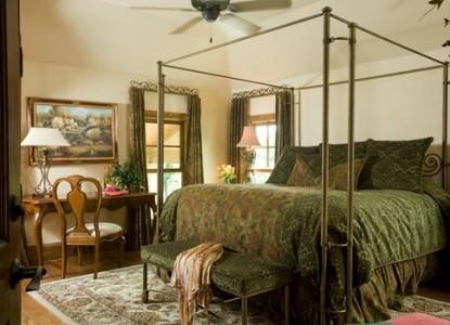 Inn on Lake Granbury Rio Vista Room