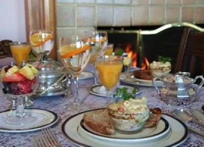 Martine Inn-Breakfast Table