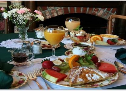 Grey Gables Inn, breakfast