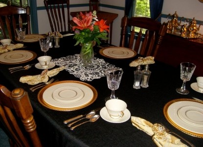 Pine Crest Farms BedBreakfast dinner
