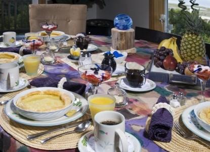 Baywood Shores Bed & Breakfast-Meals