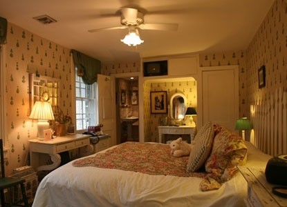 The Pennsbury Inn-Bedroom