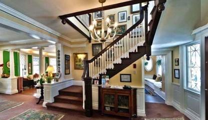 Inn at Lake Joseph, Forestburgh, New York, staircase