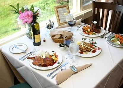 The Darby Field Inn & Restaurant, Dining
