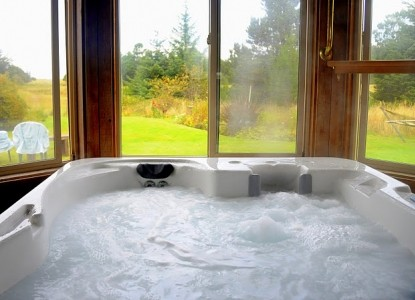 Boreas Bed and Breakfast Inn-Jacuzzi