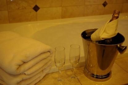 Arrowhead Manor Luxury BNB & Event Center-Master Suite