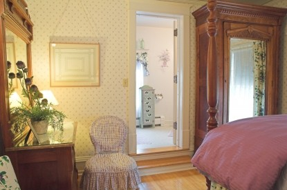 White Lace Inn Bed & Breakfast room 3