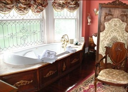 Hayes House Bed & Breakfast-Jacuzzi Tub For Two