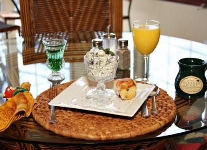 The Inn at Harbour Ridge - Osage Beach, Missouri, breakfasts