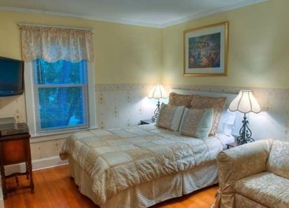 College House Bed and Breakfast Guest Room