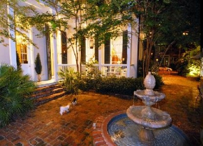 Terrell House, Outdoor