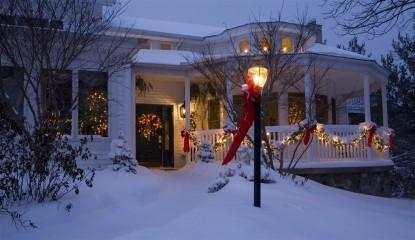 Inn at Aberdeen Bed & Breakfast, Valparaiso, Indiana, snowy front