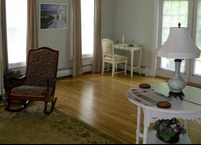 The Shearwater Inn - East Quogue, New York, living room