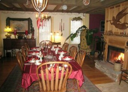 Captain Grant's, 1754 Breakfast Dining