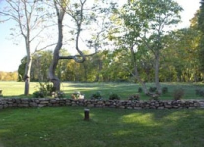 Captain Grant's, 1754 Yard View