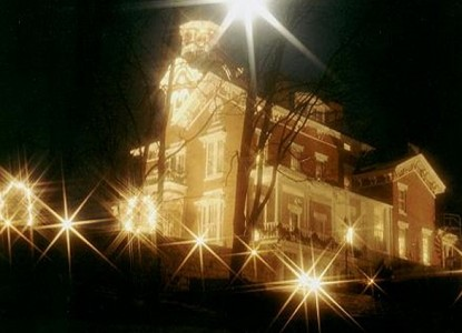 Bernadine's Stillman Inn, Night View