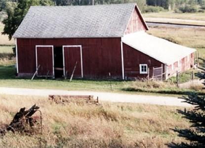 Monroe Archers Farm Co. Bed & Breakfast, shed