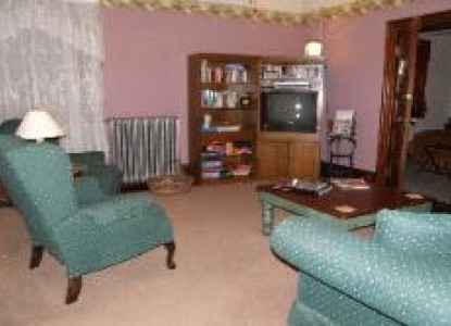 The Lititz House Bed & Breakfast, Relax in the Living Room