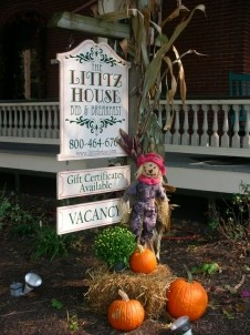 The Lititz House Bed & Breakfast,marquee