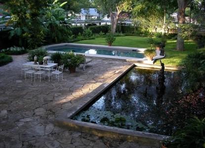 Belle Oaks Inn Bed and Breakfast Gonzales, Texas - backyard koi pond