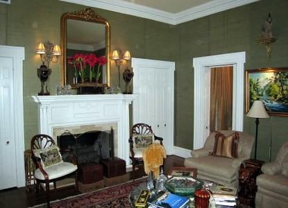 Belle Oaks Inn Bed and Breakfast Gonzales, Texas - parlor