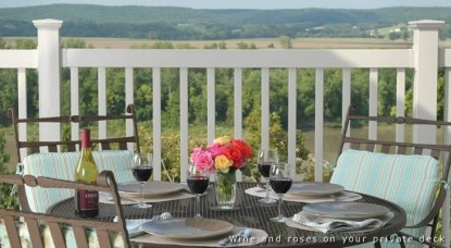 Hermann Hill Vineyard InnSpa, Riverbluff Cottages and Wedding Chapel-Table Outside