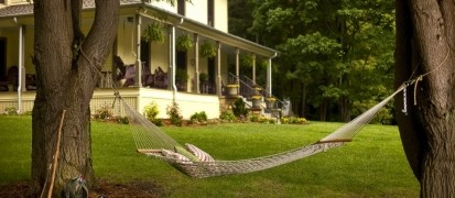 The Buck House Inn on Bald Mountain Creek-Hammock