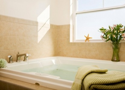 Wilbraham Mansion Bed & Breakfast Inn and Suites,  suite 205