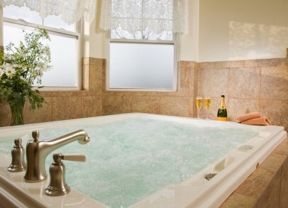 Wilbraham Mansion Bed & Breakfast Inn and Suites, suite 302