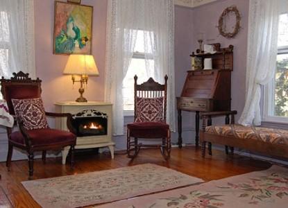 1870 Wedgwood Inn of New Hope, Lavender Room