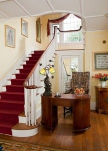 Hampton Terrace Bed and Breakfast, red staircase
