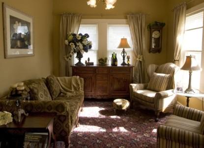 Jacksonville's Magnolia Inn sitting room