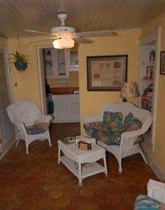 Joan's On Jones, Garden Suite