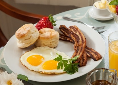 1853 Inn at Woodhaven eggs and bacon