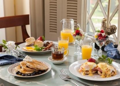 1853 Inn at Woodhaven full breakfast