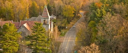 Birchwood Inn, aerial view