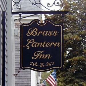 Brass Lantern Inn front sign