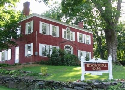 Hickory Ridge House Bed & Breakfast front of inn