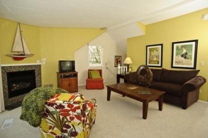 Bayside Inn suite 8