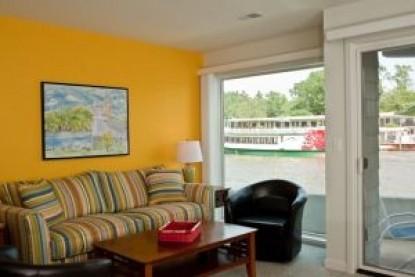 Bayside Inn waterfront suite 507