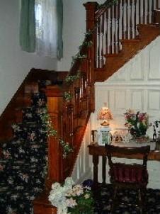 Harvest Inn Bed & Breakfast, staircase