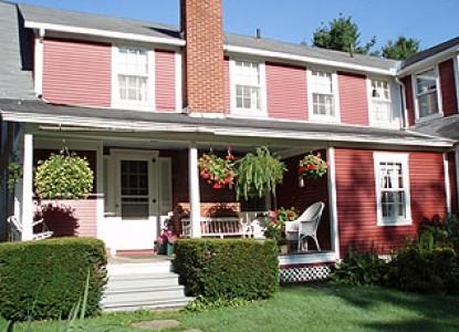 Mountain View Inn, front porch