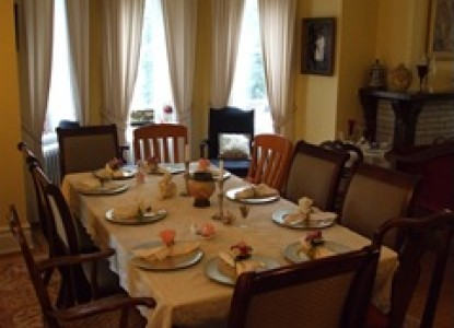 The Castle Bed & Breakfast-Dining Table