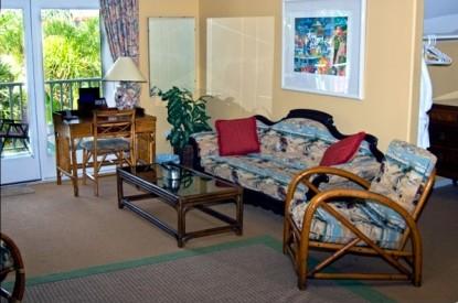 Sea Breeze Manor Bed and Breakfast Inn-Bermuda Deluxe Suite